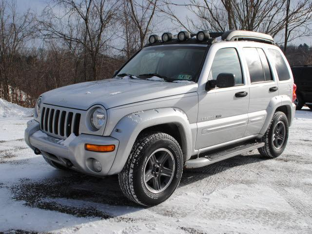 2003 jeep liberty renegade for sale in greensburg pennsylvania classified. Black Bedroom Furniture Sets. Home Design Ideas