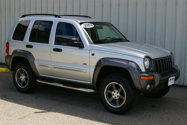 2003 jeep liberty sport for sale in grinnell iowa classified. Black Bedroom Furniture Sets. Home Design Ideas