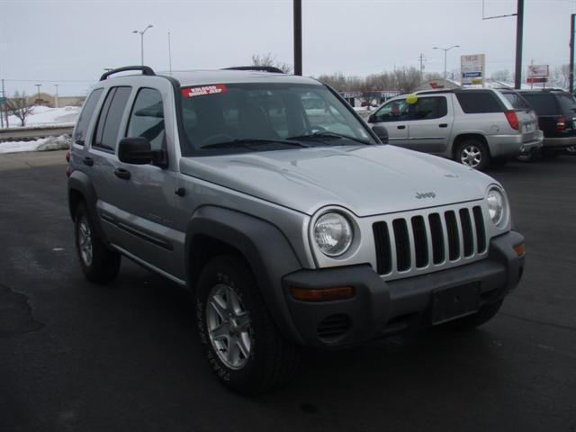 2003 jeep liberty sport for sale in appleton wisconsin classified. Black Bedroom Furniture Sets. Home Design Ideas