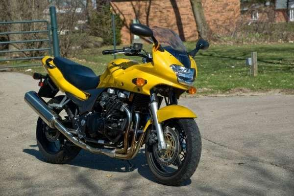 2003 Kawasaki ZR-7S for sale on 2040motos