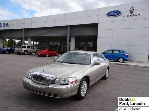 2003 lincoln town car for sale in memphis tennessee classified. Black Bedroom Furniture Sets. Home Design Ideas