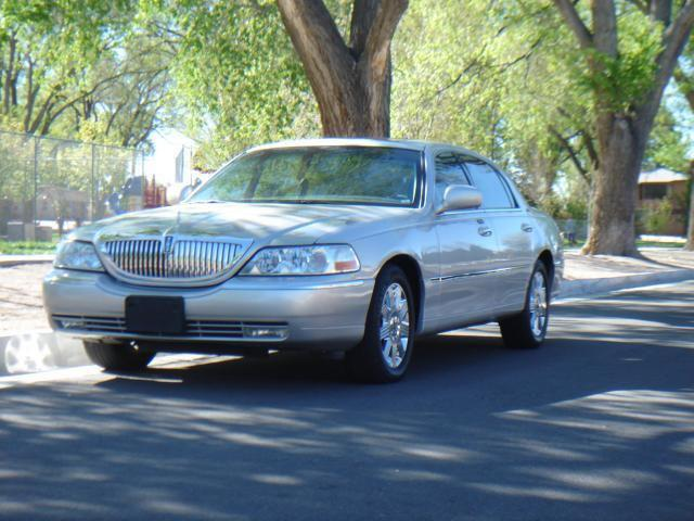 2003 Lincoln Town Car Cartier For Sale In Albuquerque New Mexico