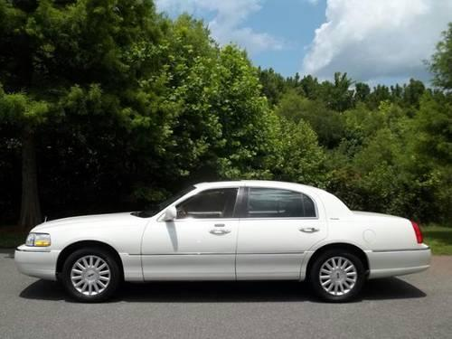 2003 Lincoln Town Car Executive For Sale In Felicity Ohio