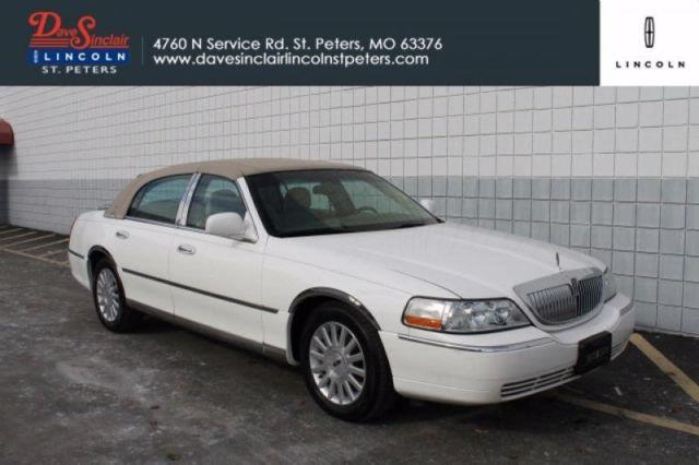 2003 lincoln town car executive for sale in saint peters. Black Bedroom Furniture Sets. Home Design Ideas