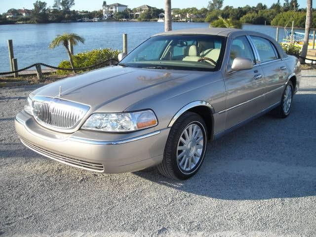 2003 lincoln town car signature for sale in osprey. Black Bedroom Furniture Sets. Home Design Ideas