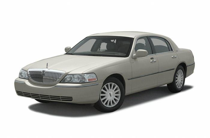 2003 lincoln town car signature signature 4dr sedan for. Black Bedroom Furniture Sets. Home Design Ideas