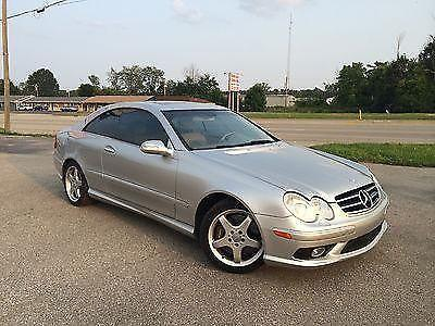 2003 Mercedes-Benz CLK500 Base Coupe 2-Door 5.0L