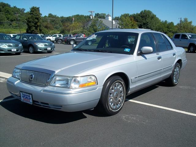 2003 mercury grand marquis gs for sale in newton new jersey classified. Black Bedroom Furniture Sets. Home Design Ideas