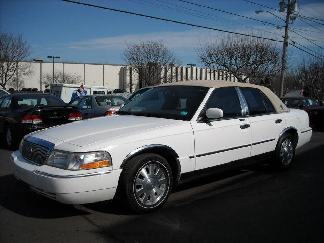 2003 mercury grand marquis ls for sale in newington connecticut classified. Black Bedroom Furniture Sets. Home Design Ideas