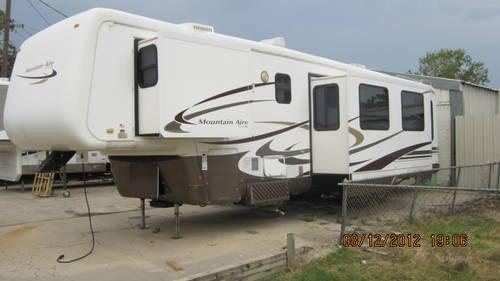 2003 MOUNTAIN AIRE BY NEWMAR LUXURY 5TH WHEEL