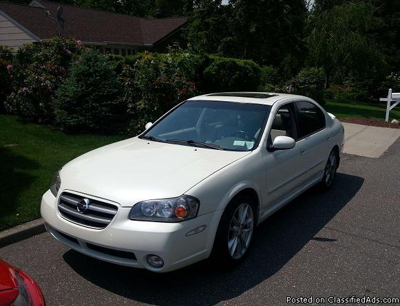 2003 nissan maxima for sale in bay hills new york classified. Black Bedroom Furniture Sets. Home Design Ideas