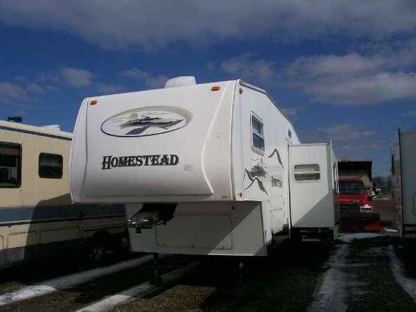 Homestead Travel Trailers Starcraft