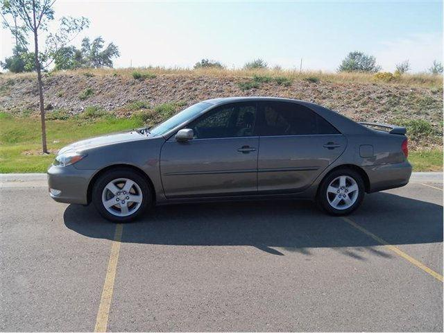 2003 toyota camry se tire size. Black Bedroom Furniture Sets. Home Design Ideas