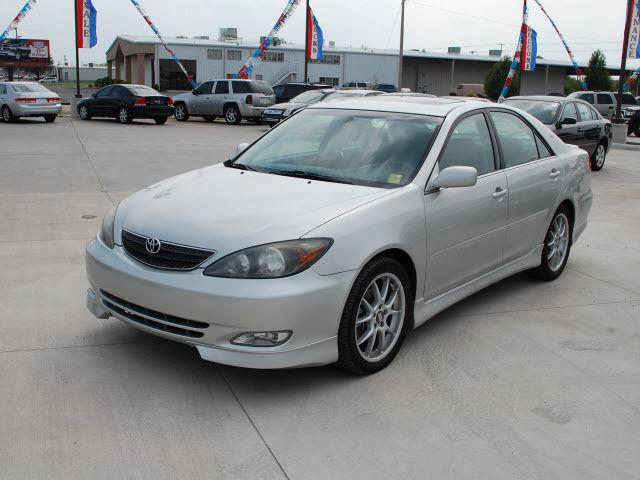 2003 toyota camry se for sale in wichita kansas classified. Black Bedroom Furniture Sets. Home Design Ideas