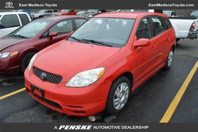 2003 toyota matrix wagon base xr wagon for sale in madison wisconsin classified. Black Bedroom Furniture Sets. Home Design Ideas