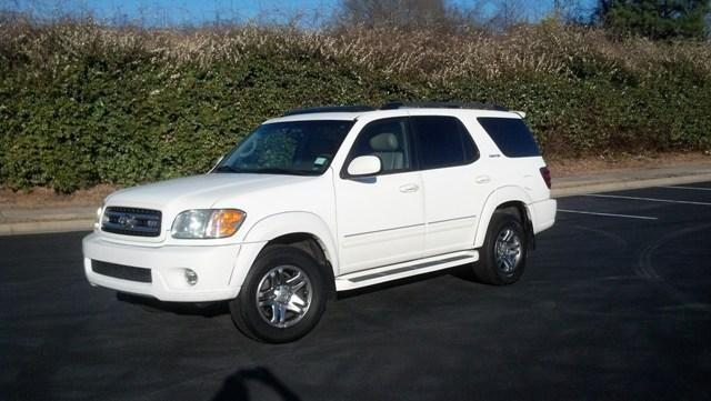 2003 toyota sequoia limited white auto v8 180k mi for sale in seneca south carolina. Black Bedroom Furniture Sets. Home Design Ideas