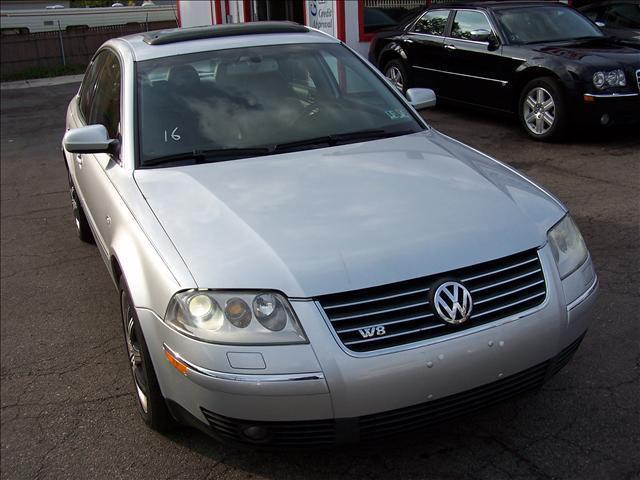 2003 volkswagen passat w8 4motion for sale in pontiac michigan classified. Black Bedroom Furniture Sets. Home Design Ideas