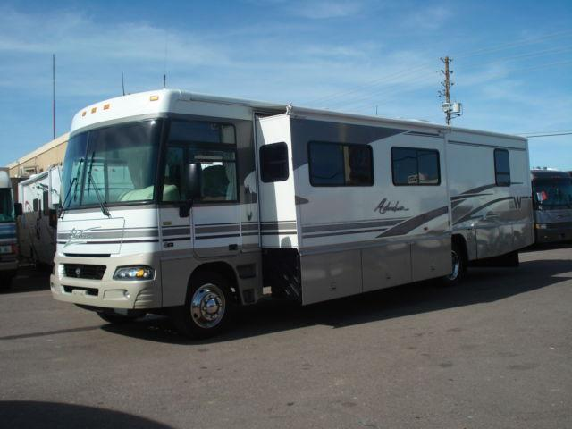 2003 Winnebago Adventurer Double Slide Workhorse