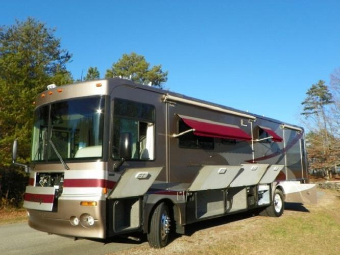 2003 Winnebago journey DL36