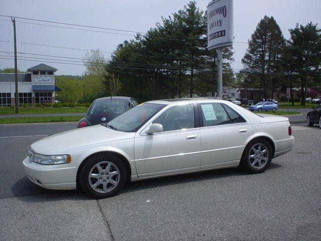 2003 cadillac seville sts for sale in new milford connecticut classified. Black Bedroom Furniture Sets. Home Design Ideas