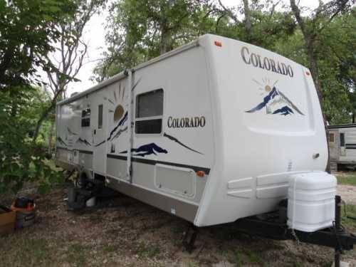 2004 28ft fiberglass yukon travel trailer bumper pull w slide out for sale in san antonio texas. Black Bedroom Furniture Sets. Home Design Ideas