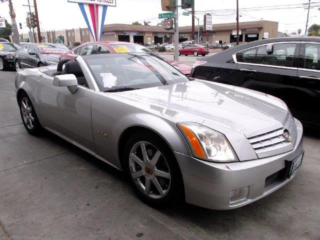 2004 Cadillac XLR Base 2dr Roadster
