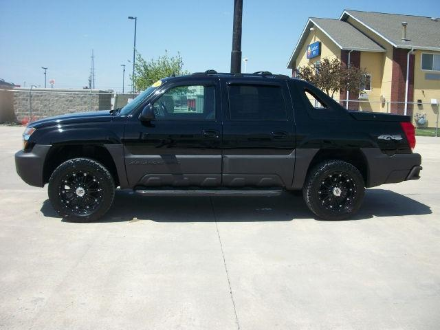 2004 chevrolet avalanche 2500 for sale in fort dodge iowa classified. Black Bedroom Furniture Sets. Home Design Ideas