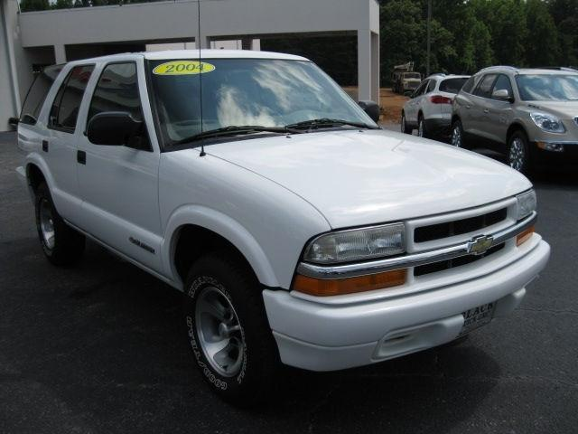 2004 chevrolet blazer ls for sale in statesville north carolina classified. Black Bedroom Furniture Sets. Home Design Ideas