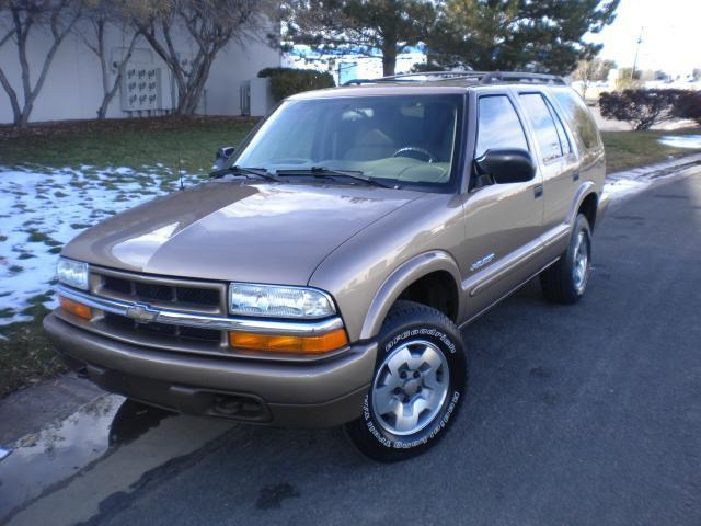 2004 chevrolet blazer ls for sale in commerce city colorado classified. Black Bedroom Furniture Sets. Home Design Ideas