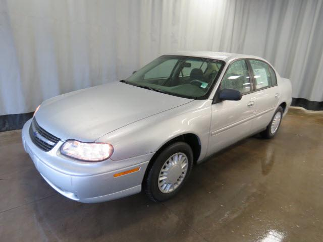 2004 Chevrolet Classic Base Sylvania, OH