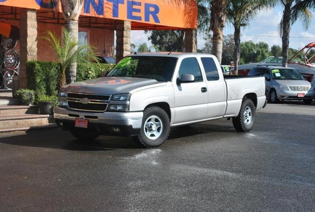 2004 chevrolet silverado 1500 work truck for sale in fontana california classified. Black Bedroom Furniture Sets. Home Design Ideas