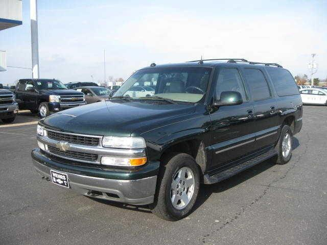 2004 chevrolet suburban 1500 ls for sale in bangor. Black Bedroom Furniture Sets. Home Design Ideas
