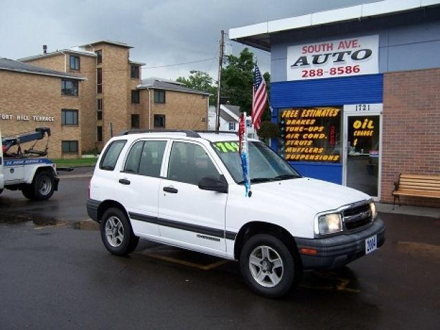 2004 chevrolet tracker for sale in rochester new york classified. Black Bedroom Furniture Sets. Home Design Ideas