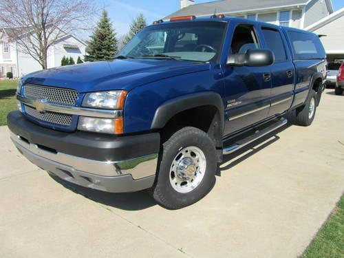 2004 chevy truck 2500 hd 4x4 duramax diesel for sale in jenison michigan classified. Black Bedroom Furniture Sets. Home Design Ideas