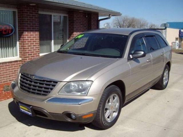 2004 chrysler pacifica for sale in cedar rapids iowa classified. Black Bedroom Furniture Sets. Home Design Ideas