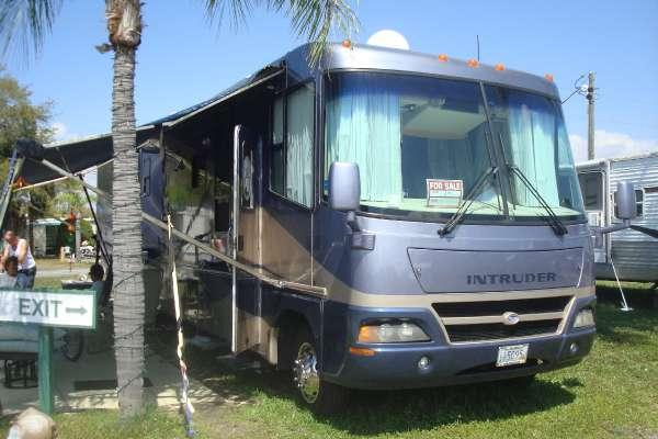 2004 damon intruder 373 handicapped rv ready for sale in for Handicap accessible mobile homes for sale