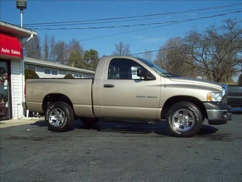 2004 Dodge Ram 1500 Pickup Truck ST 2WD