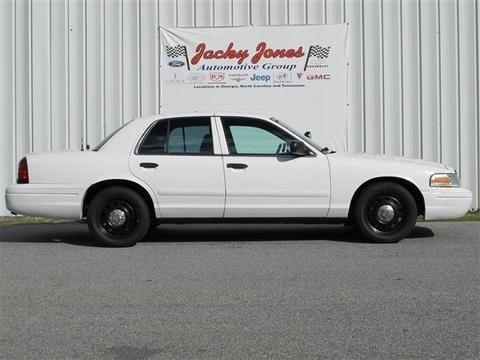 2004 ford crown victoria 4 door sedan for sale in cleveland georgia classified. Black Bedroom Furniture Sets. Home Design Ideas