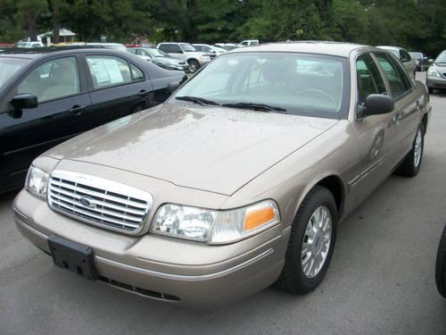 2004 ford crown victoria 4 dr sedan lx for sale in hartselle alabama classified. Black Bedroom Furniture Sets. Home Design Ideas