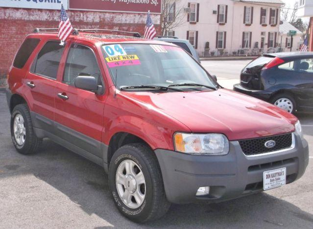2004 ford escape xlt 4x4 maroon like new pa inspected buy now for sale in altenwald. Black Bedroom Furniture Sets. Home Design Ideas
