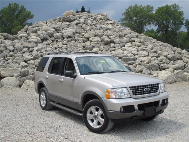 2004 ford explorer xlt batavia oh for sale in batavia ohio classified. Black Bedroom Furniture Sets. Home Design Ideas