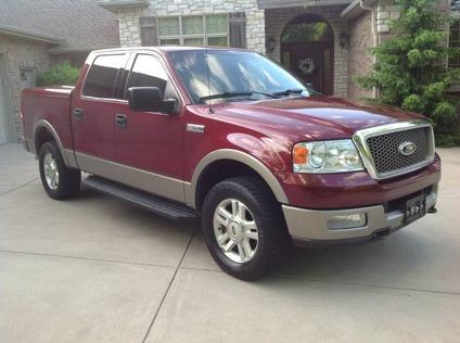 2004 ford f 150 supercrew lariat 4x4 heated leather gorgeous 4 wheel drive truck for sale in. Black Bedroom Furniture Sets. Home Design Ideas