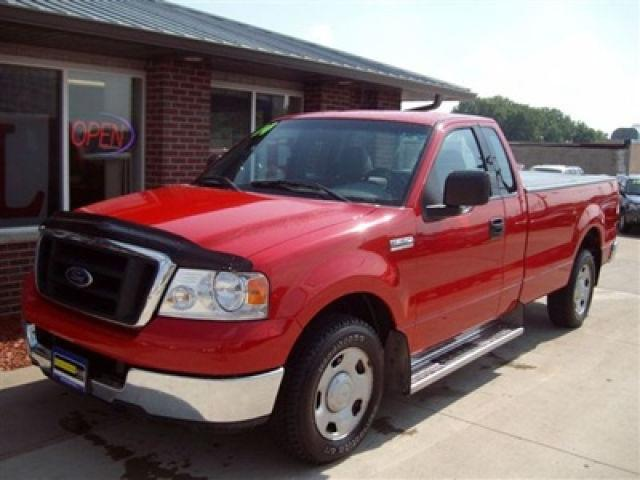 2004 ford f150 xl for sale in cedar rapids iowa classified. Black Bedroom Furniture Sets. Home Design Ideas