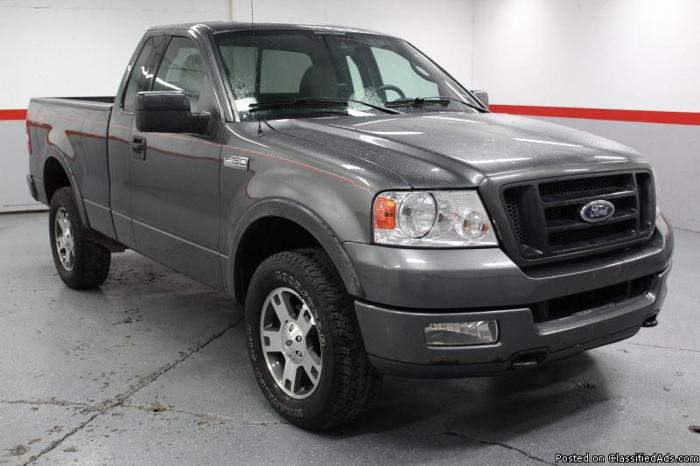 2004 FORD F150 XLT 5 4L V8 4X4 for Sale in East Greenbush