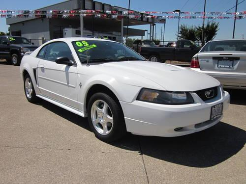 2004 ford mustang delux for sale in albany oregon. Black Bedroom Furniture Sets. Home Design Ideas