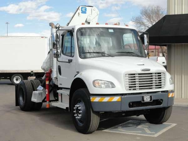 2004 Freightliner Business Class M2 106 for Sale in Denver