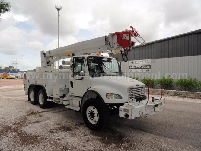 Rountree Moore Nissan >> 2004 Freightliner M2106 Altec D2050TR Utility Digger ...