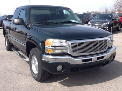 2004 GMC Sierra ext 4wd cloth Pickup Truck for Sale in ...