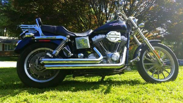 2004 Harley Davidson FXD Dyna Super Glide in Hampstead,
