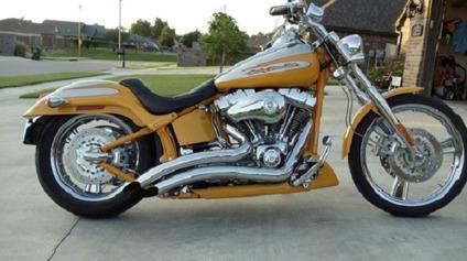 ✹; 2004 Harley-Davidson FXSTDSE2 Screamin' Eagle